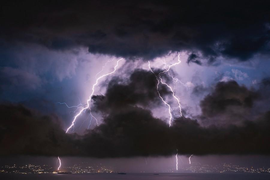 orage et ciel noir